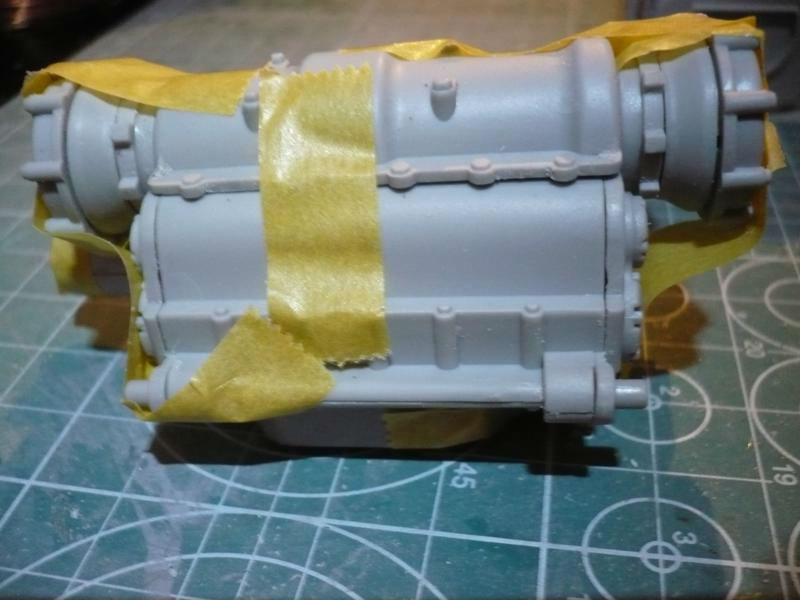 182 King Tiger 2 in 1 - TRUMPETER 00910 - 1/16ème - Page 3 Boite-et-differentie-7-