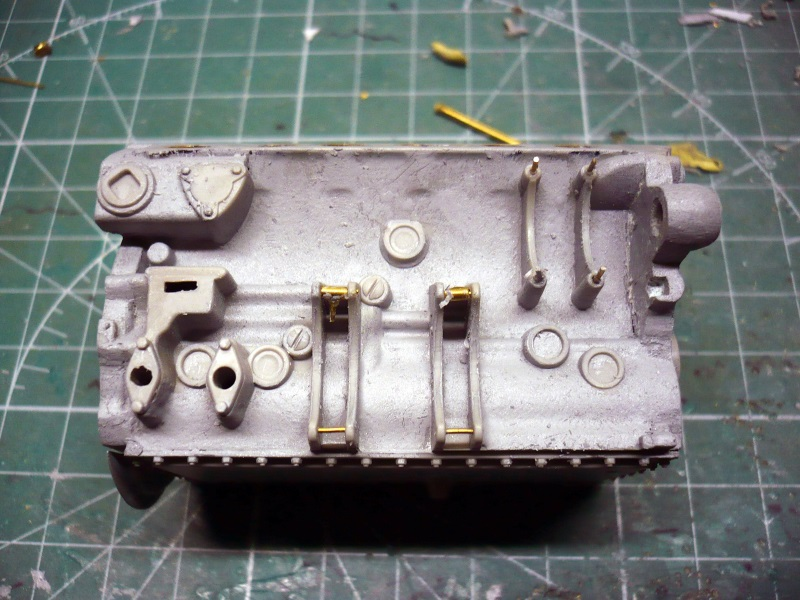 182 King Tiger 2 in 1 - TRUMPETER 00910 - 1/16ème - Page 5 Moteur-a5